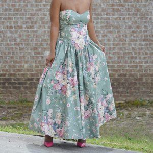 SG Gilbert Vintage Green Floral Dress Size Small